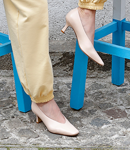 classic heeled shoes 3