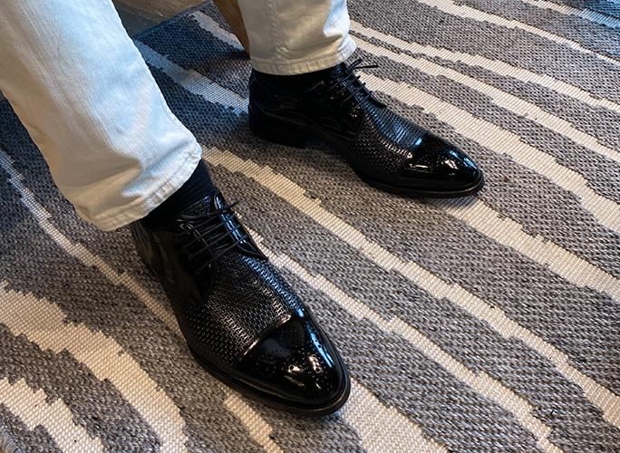 Custom groom shoes